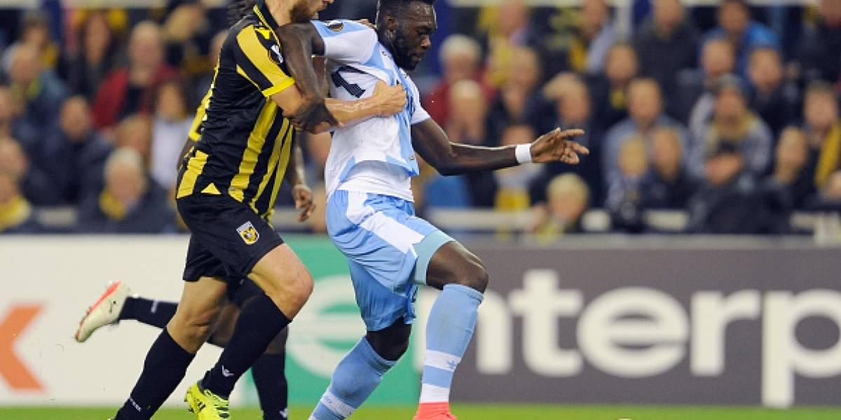 Taco de Felipe Caicedo dio el empate al Lazio
