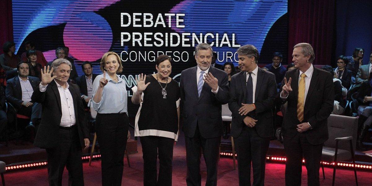 Debate con énfasis en ciencia y tecnología reúne a todos los candidatos menos a Sebastián Piñera