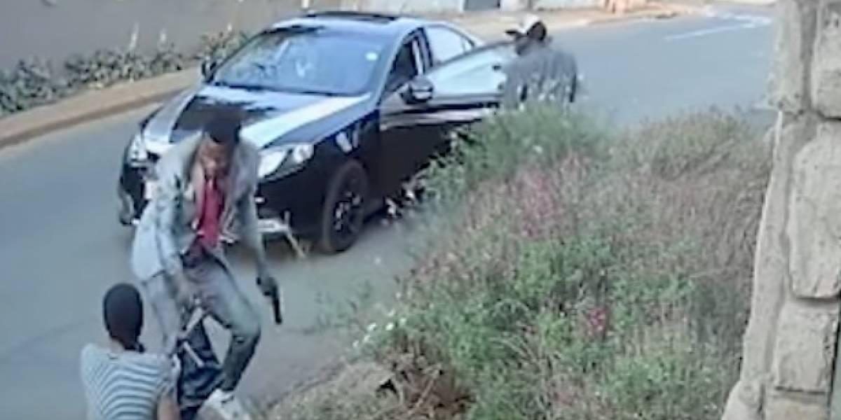 YouTube: estudiante se enfrenta a ladrones por salvar su tesis