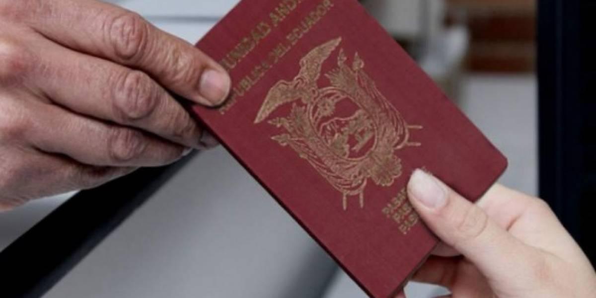 Ecuador busca inclusión laboral de migrantes retornados con acuerdo