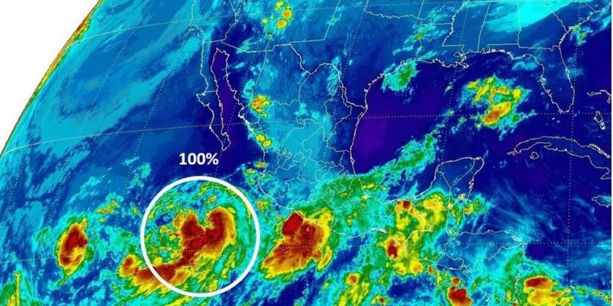 Max se convierte en Huracán categoría 1; tocará tierra en Acapulco este jueves