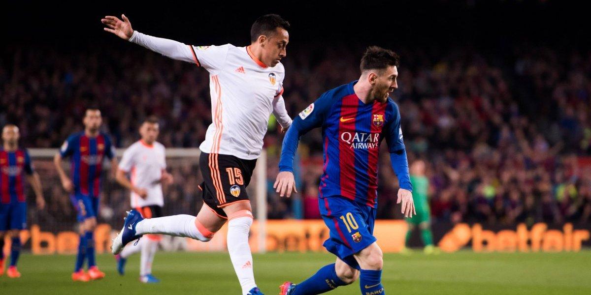 """DT del Valencia abre la puerta a Orellana: """"Si se gana su espacio, lo tendrá"""""""