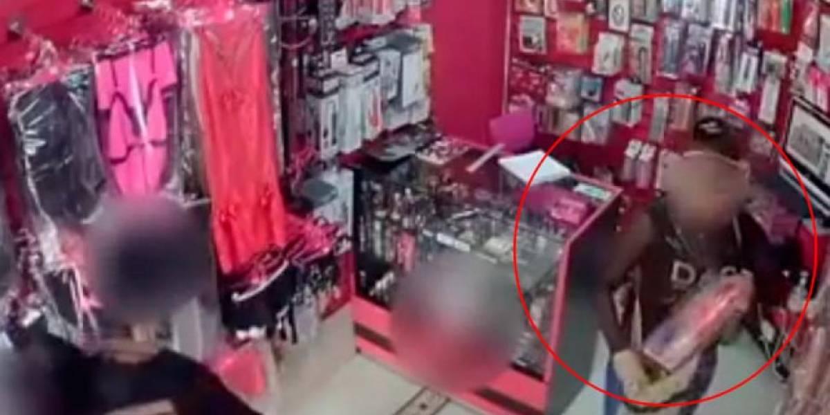Así descubrieron a dos mujeres cuando intentaban robarse un juguete sexual