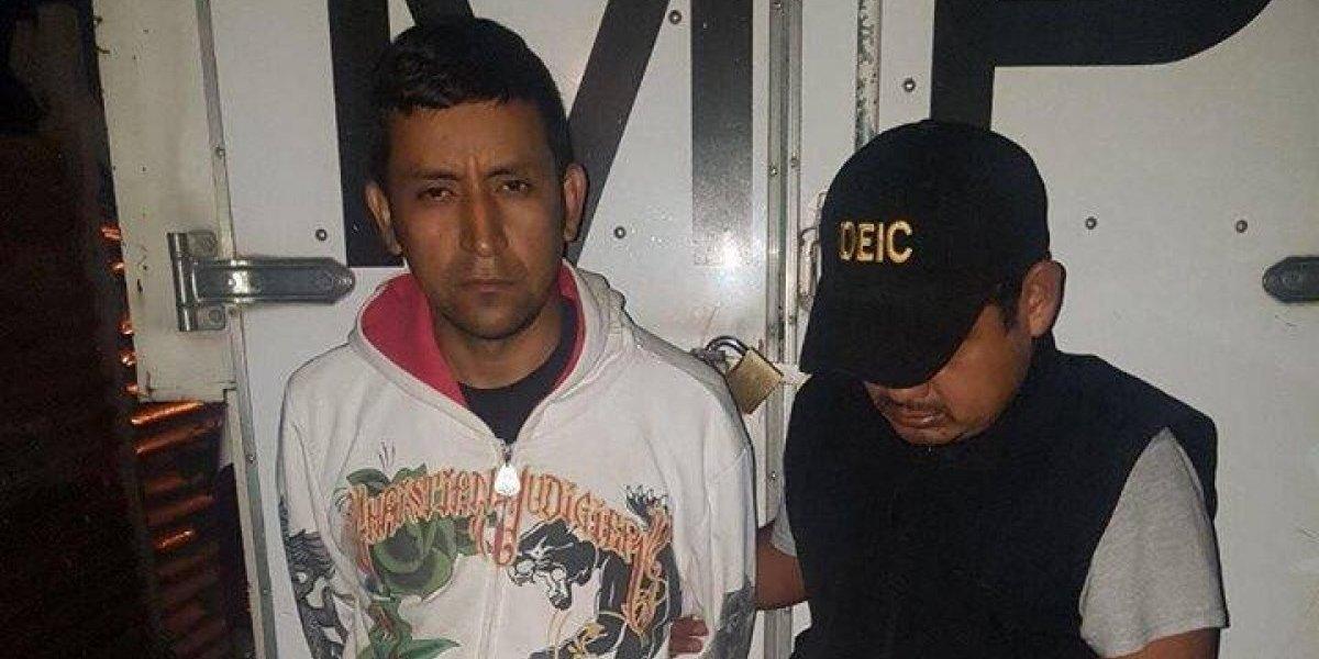 Evidencias halladas en casa de un hombre lo vinculan con muerte de niña de 13 años