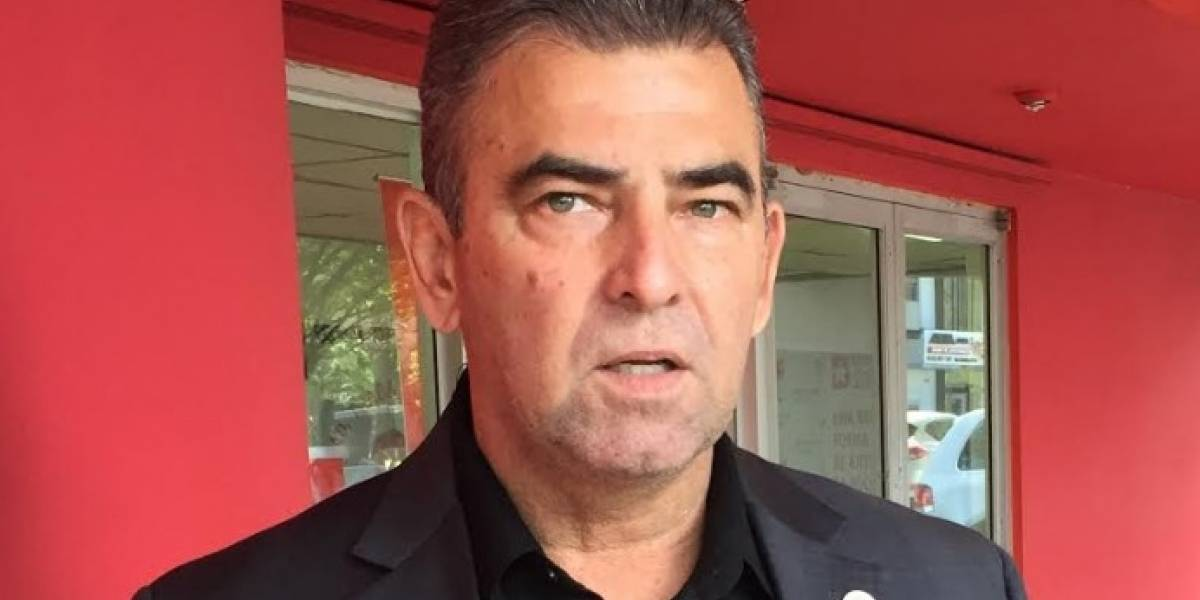 Alcalde de Vega Alta pide acción porque no tienen electricidad