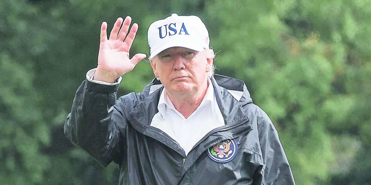 """Donald Trump habla de regularizar a """"dreamers"""""""