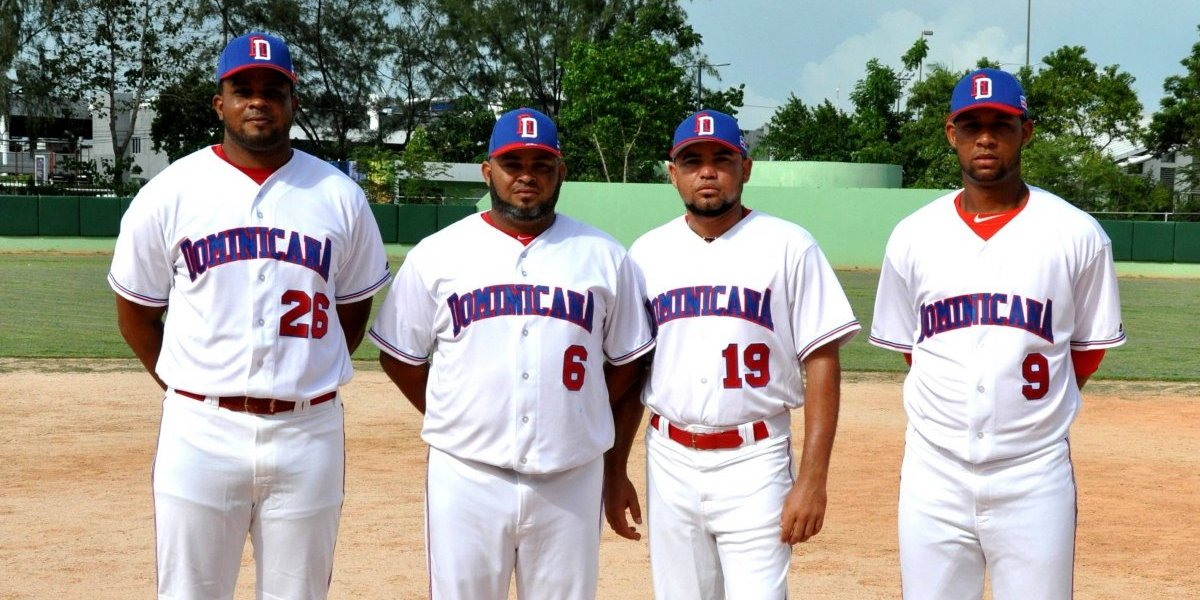 Sóftbol presenta equipo de RD para el Panamericano