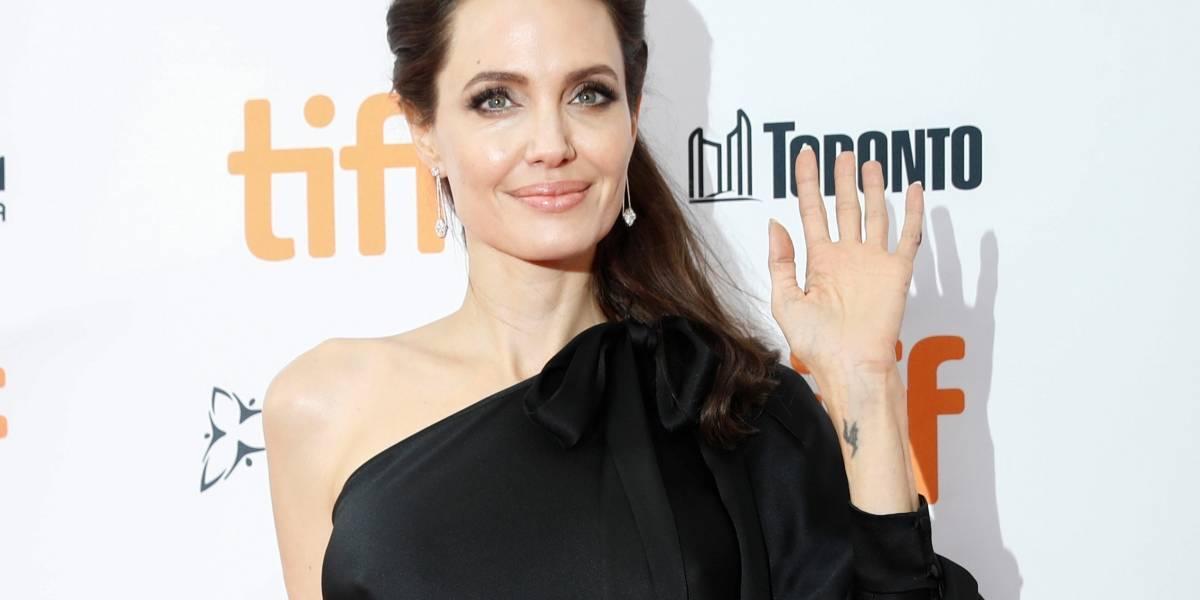Angelina Jolie diz que dirigir permite que ela 'defenda outras pessoas'