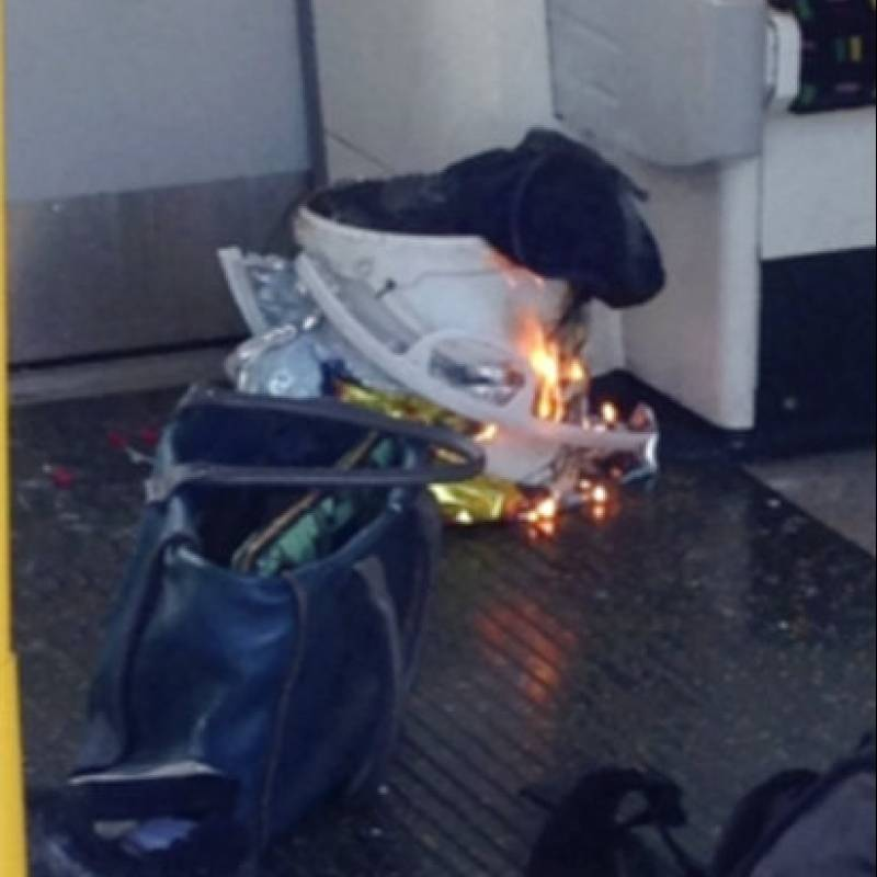 AP LONDRES-INCIDENTE EN METRO