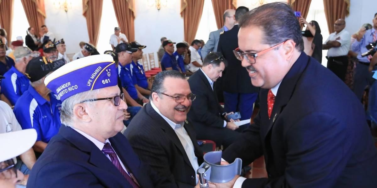 Senado honra a veteranos en su semana