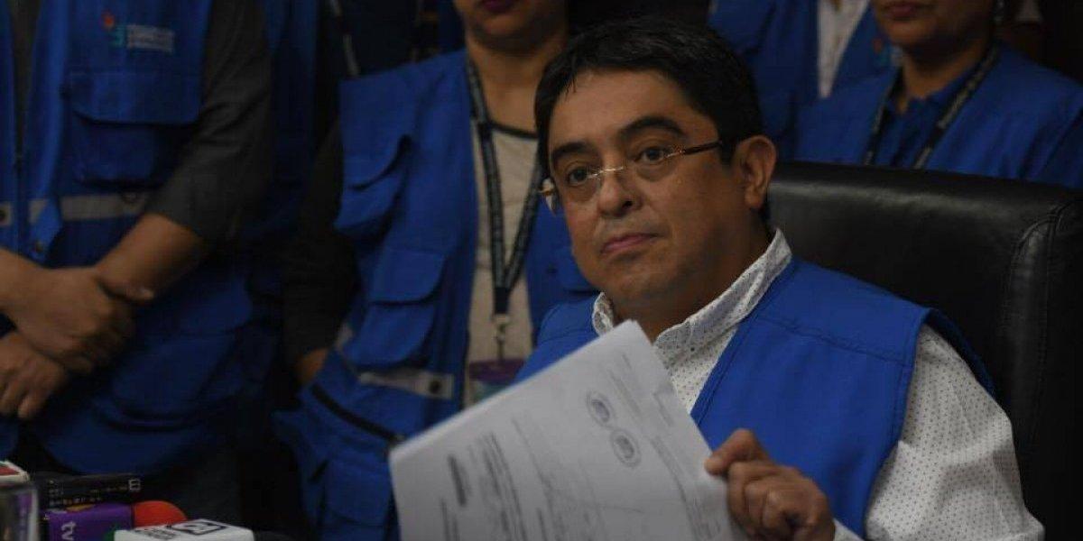 Procurador analiza emitir sanción moral al edil Álvaro Arzú