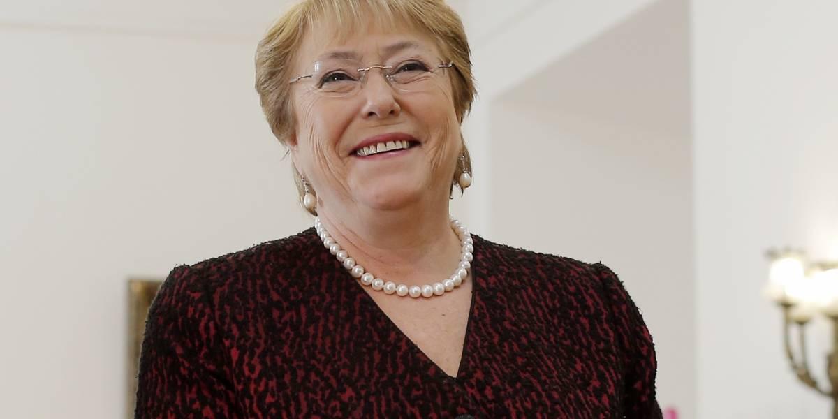 Presidenta Bachelet saluda a chilenos residentes en el extranjero por Fiestas Patrias
