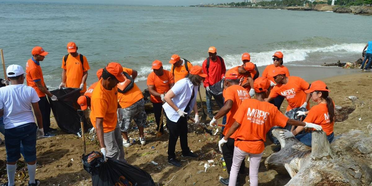 MOPC integra más de 6 mil hombres en jornada de limpieza de costas