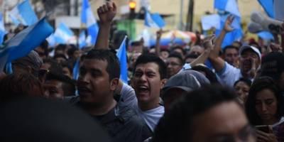 Presidente viaja a la ONU; migrantes anuncian protesta
