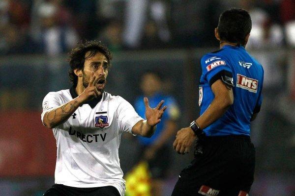 Jorge Valdivia ha tenido una complicada relación con los árbitros en su regreso a Chile / Foto: Photosport
