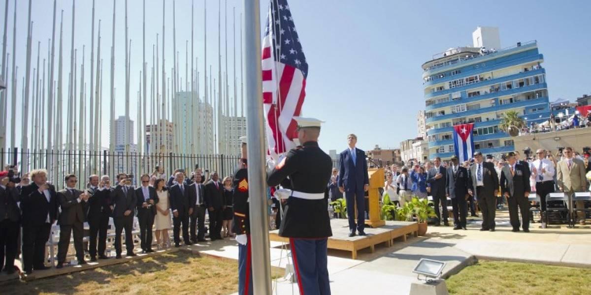 EEUU analiza si cierra o no su embajada en Cuba, dice Tillerson