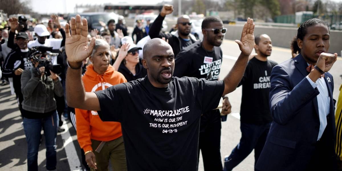 Protestas raciales dejan 10 personas arrestadas en EU
