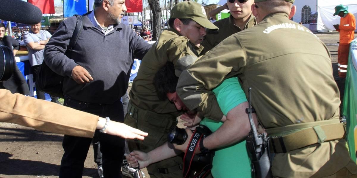 Con serios incidentes y fotógrafos detenidos culminó acto de apoyo al rodeo