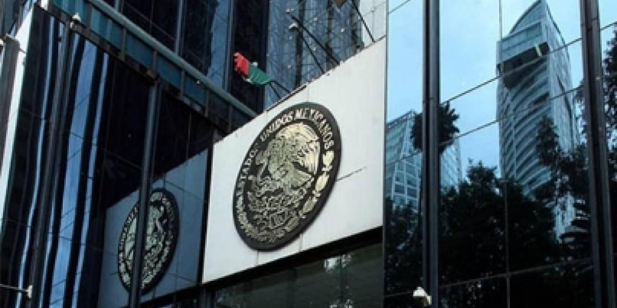 PGR indaga a mil 342 funcionarios por casos de corrupción