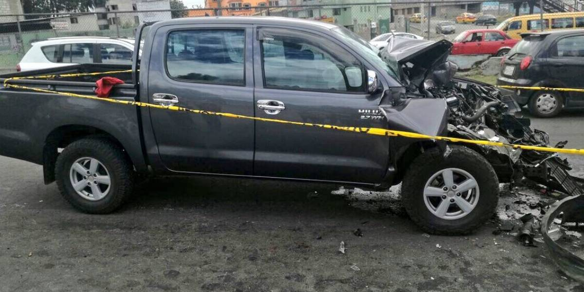 3 personas heridas tras accidente en Guajaló