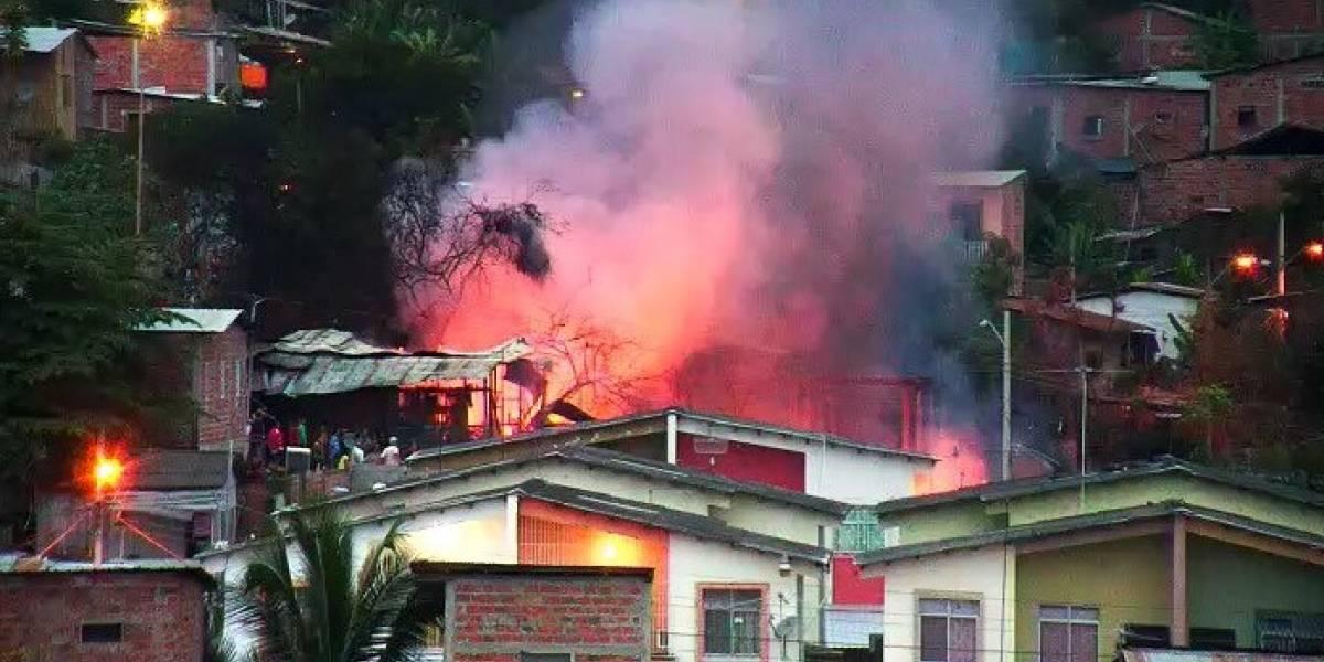 Incendio en varias viviendas de Portoviejo