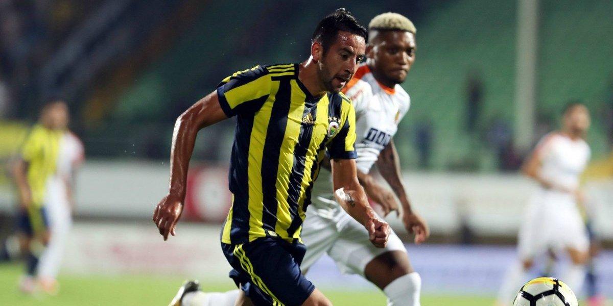 No fue cósmico: Mauricio Isla fue titular en empate de Fenerbahce ante Konyaspor