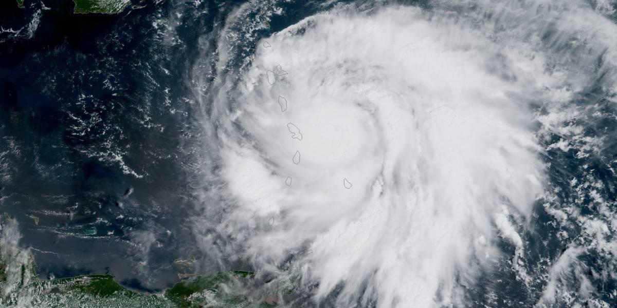 República Dominicana se prepara ante paso de María