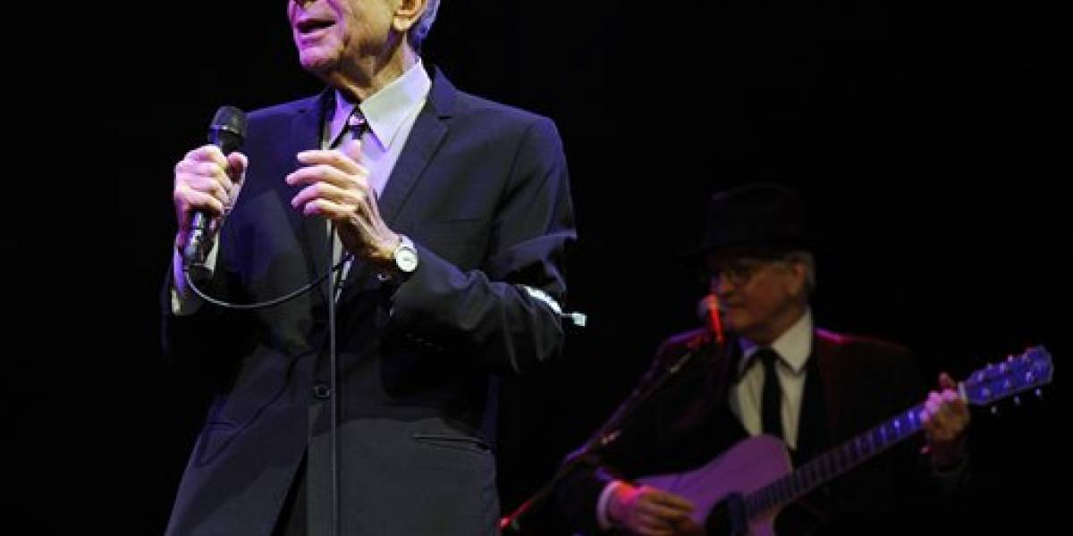 Elvis Costello y Lana Del Rey rinden homenaje a Leonard Cohen