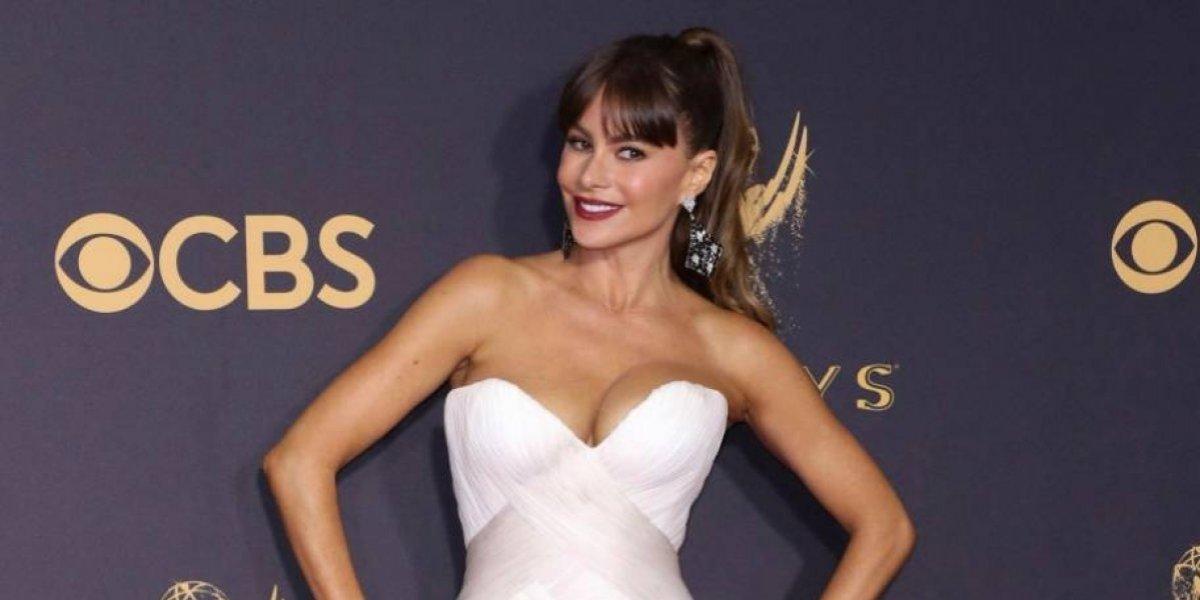 Sofía Vergara publica el incómodo momento que le hizo pasar su vestido en los Emmy