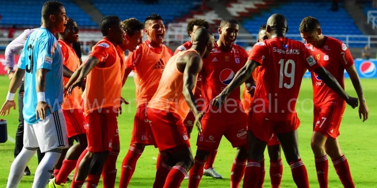 Da Silva debuta con triunfo en el banco del América en la Liga Águila