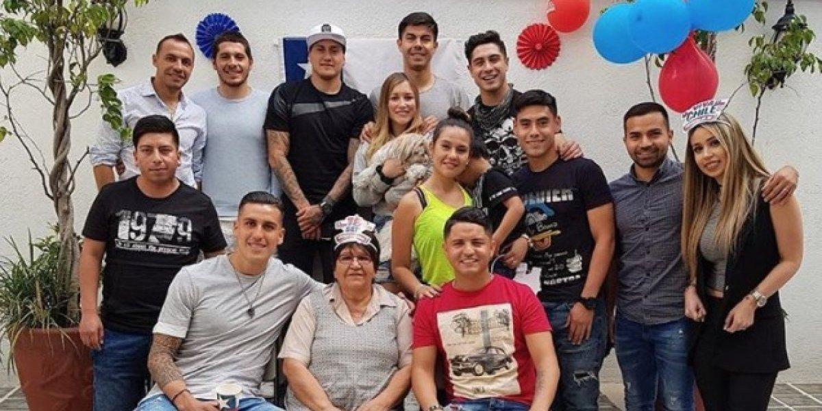 """La """"vecindad"""" del fútbol chileno en México también festejó el 18"""