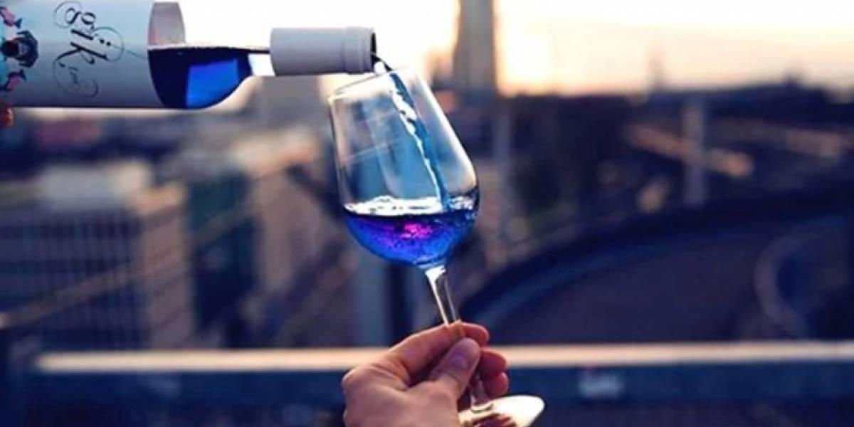Vino azul: la bebida que eligen los millennials para Instagram