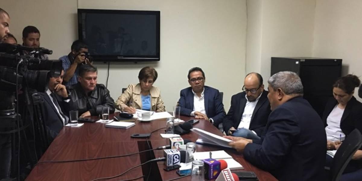 Contraloría prepara recurso de lesividad por acuerdo del Ejército que autorizó el bono para Morales