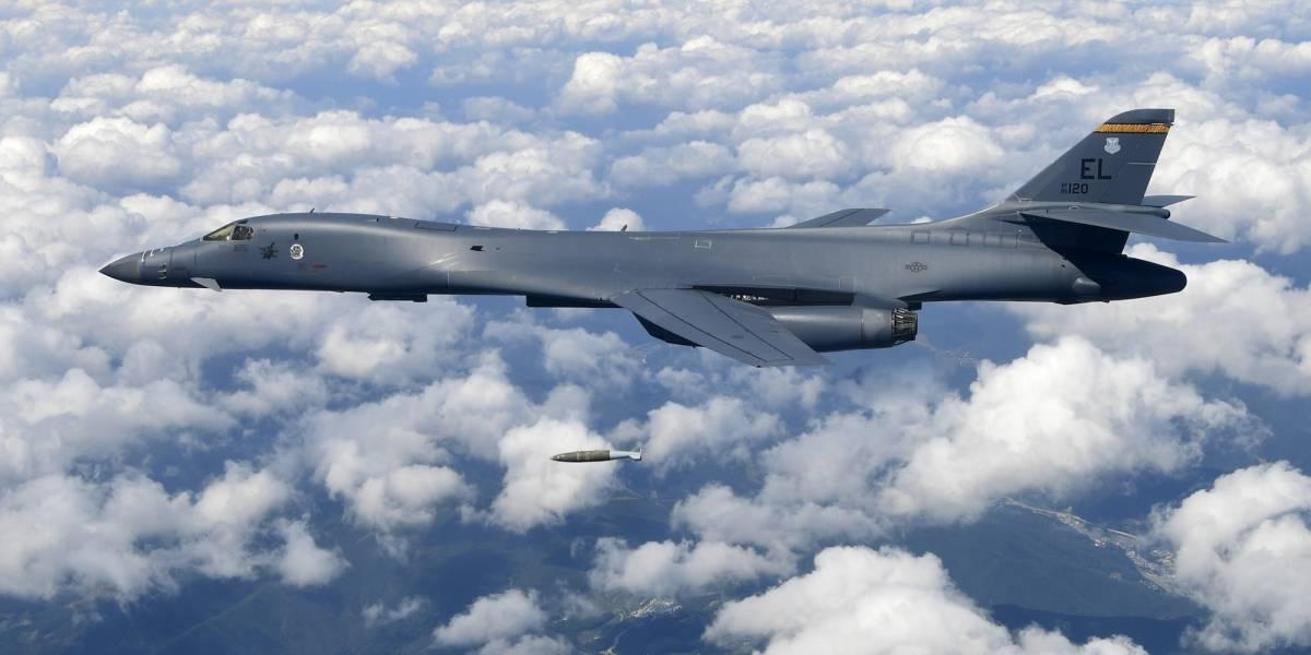 EE. UU. sobrevuela la península coreana con potentes aviones