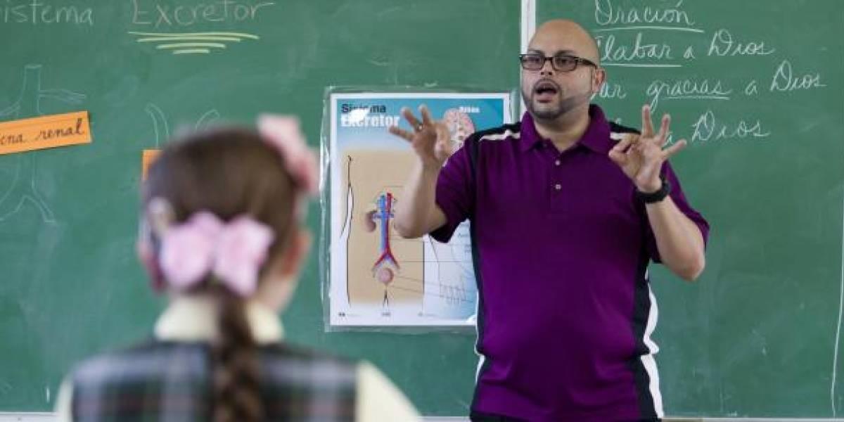 Tres estudiantes de UPR Río Piedras muestran la realidad que viven los sordos en Puerto Rico