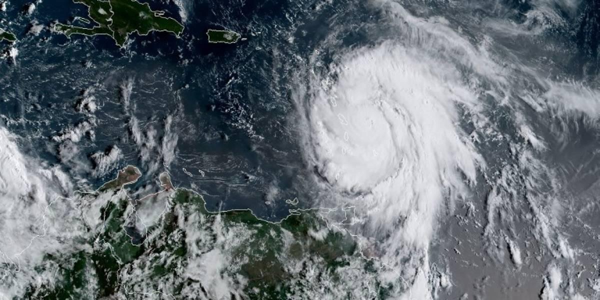 El huracán María se intensifica a categoría 3