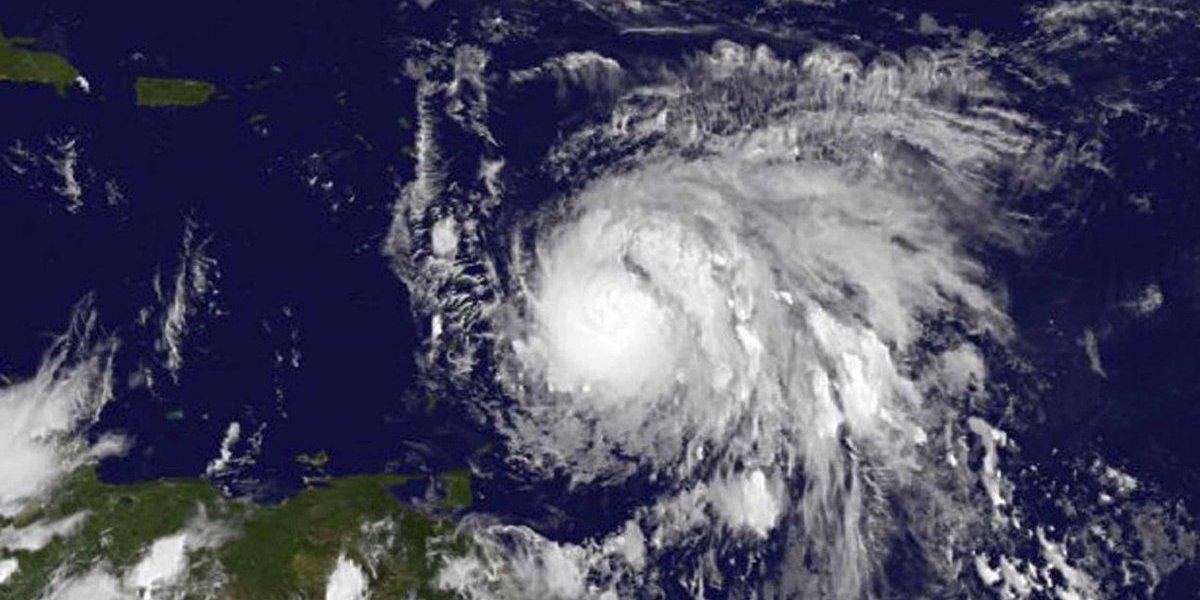 """Famoso """"cazahuracanes"""" llega a Puerto Rico a esperar a María"""