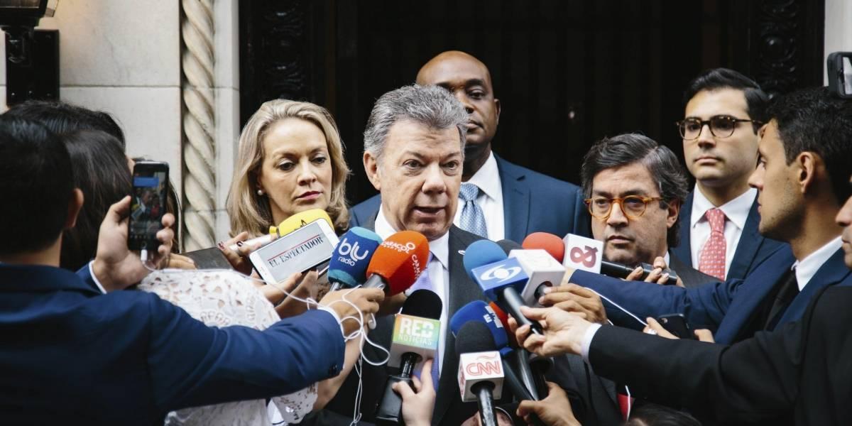 Santos anunciará cambios en los diálogos con el Eln