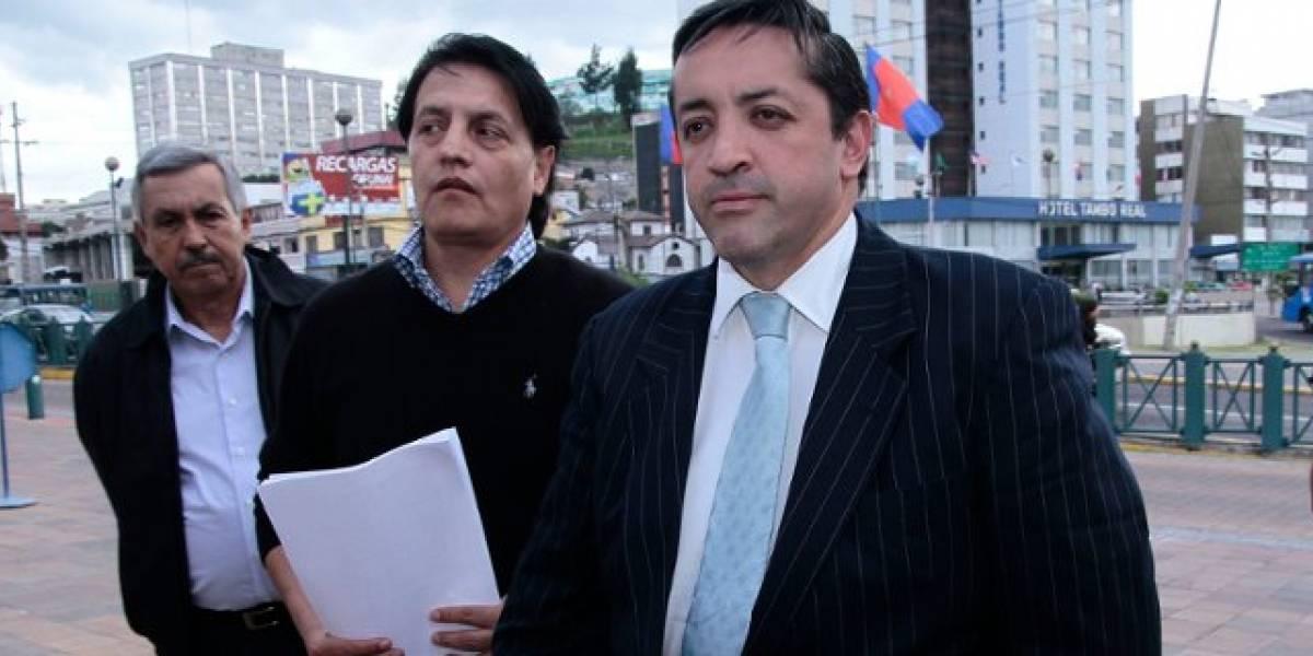 Fernando Villavicencio denuncia supuesta corrupción en el sector petrolero