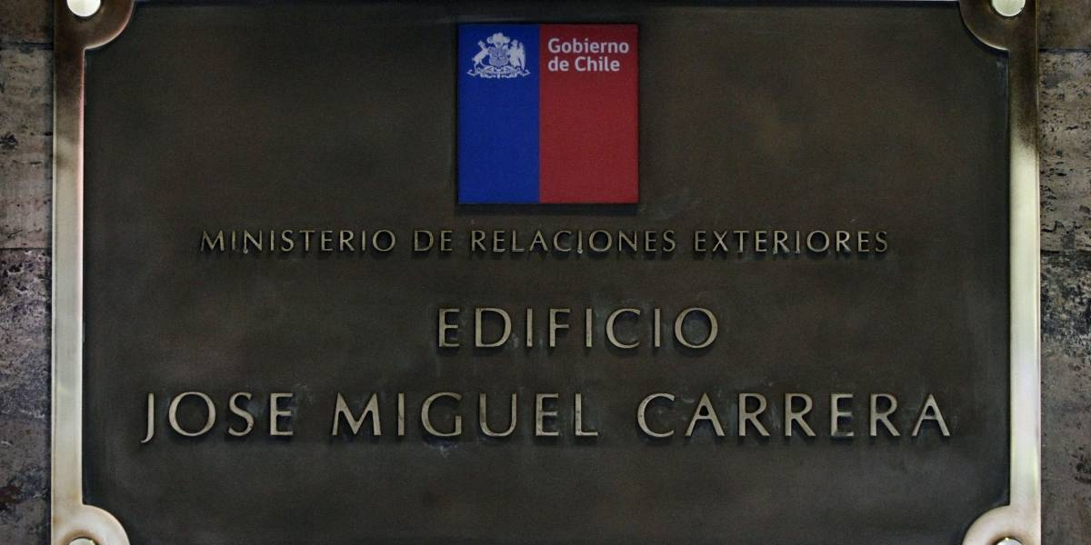 Cancillería habilita correo electrónico y fonos para ubicar a chilenos en México