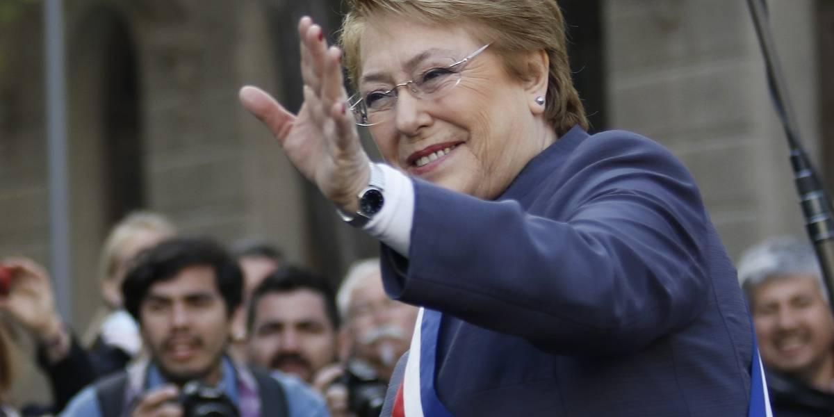 Michelle Bachelet abordó avión rumbo a la ONU: será su último discurso como Mandataria