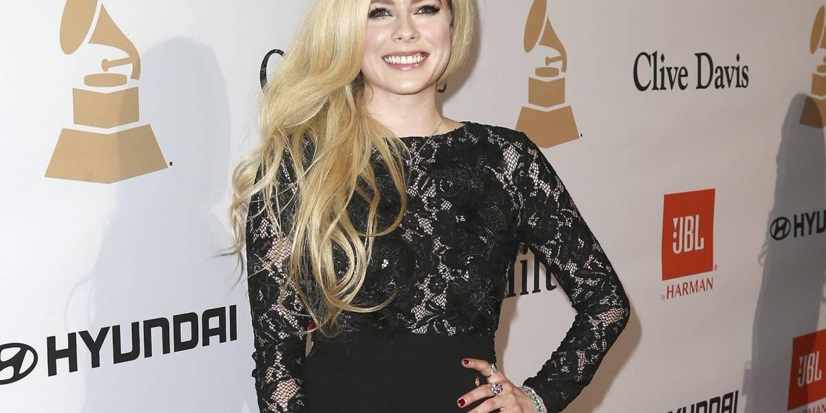 Avril Lavigne lidera lista de celebridades más peligrosas en Internet