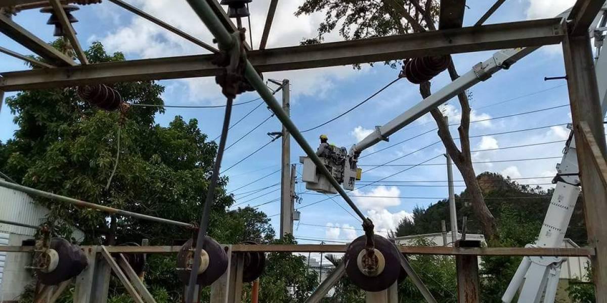 Desmienten que corten agua y luz ante paso de huracán María