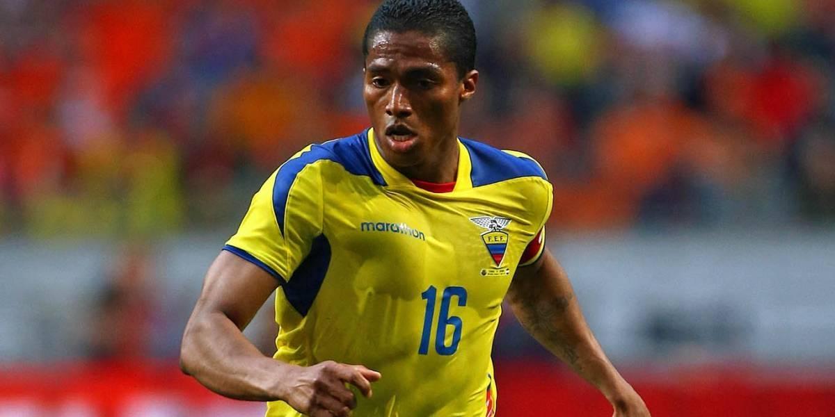 Antonio Valencia preocupa a la Selección de Chile