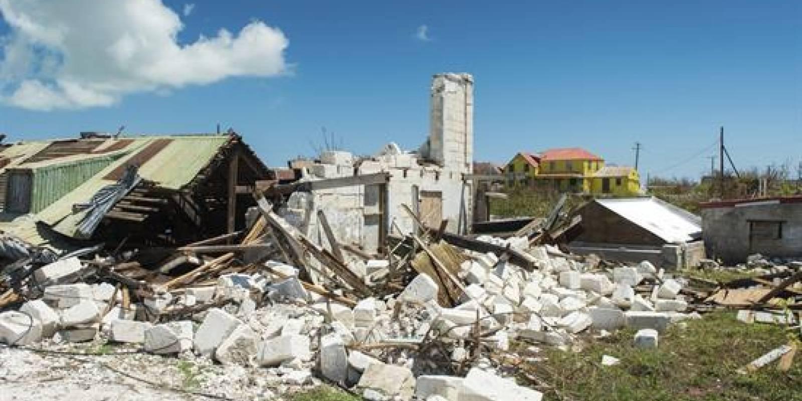 Inundaciones y corte total de energía en Puerto Rico — Huracán María
