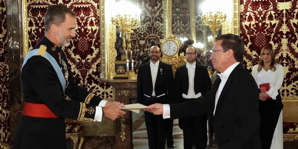 Rey Felipe VI recibe a los embajadores de Ecuador y República Dominicana