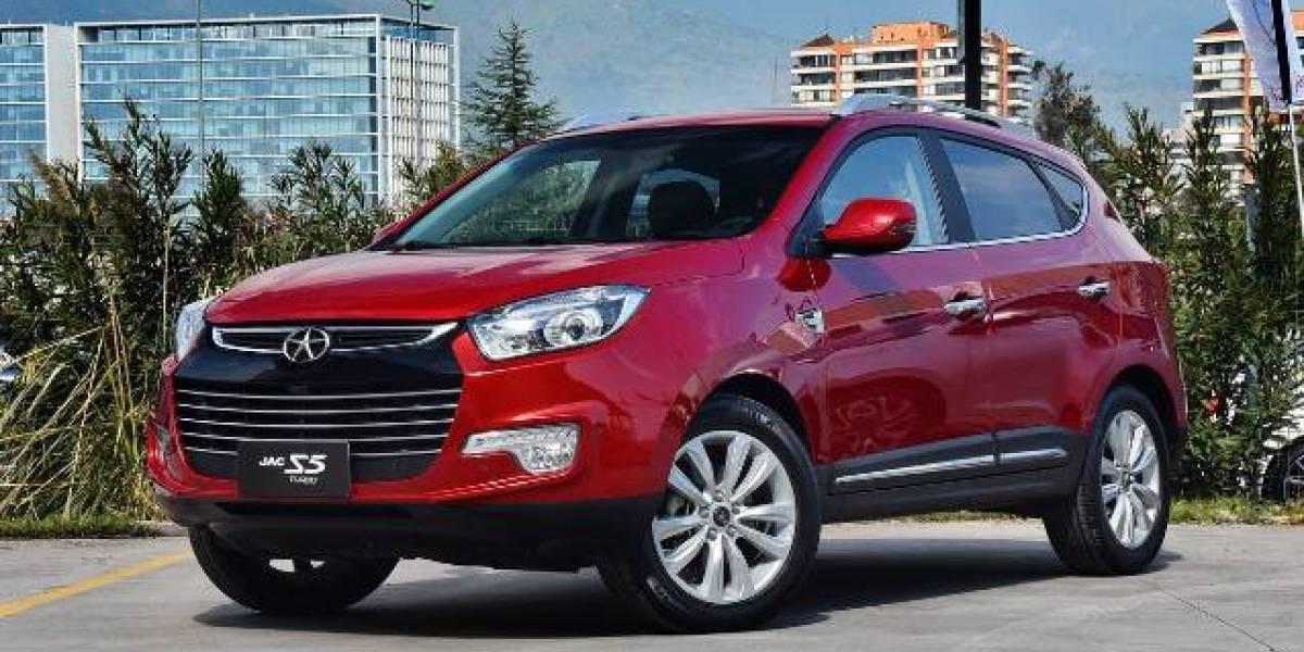 """¿Quieres un auto con internet gratis por 15 meses? Los modelos JAC tienen una nueva versión Smart """"Full Conectado"""""""