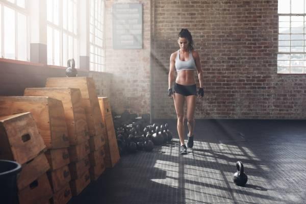 Ejercicios funcionales para bajar de peso en casa