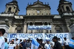 Manifestación en la plaza