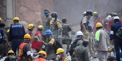 Búsqueda y rescate tras terremoto en México